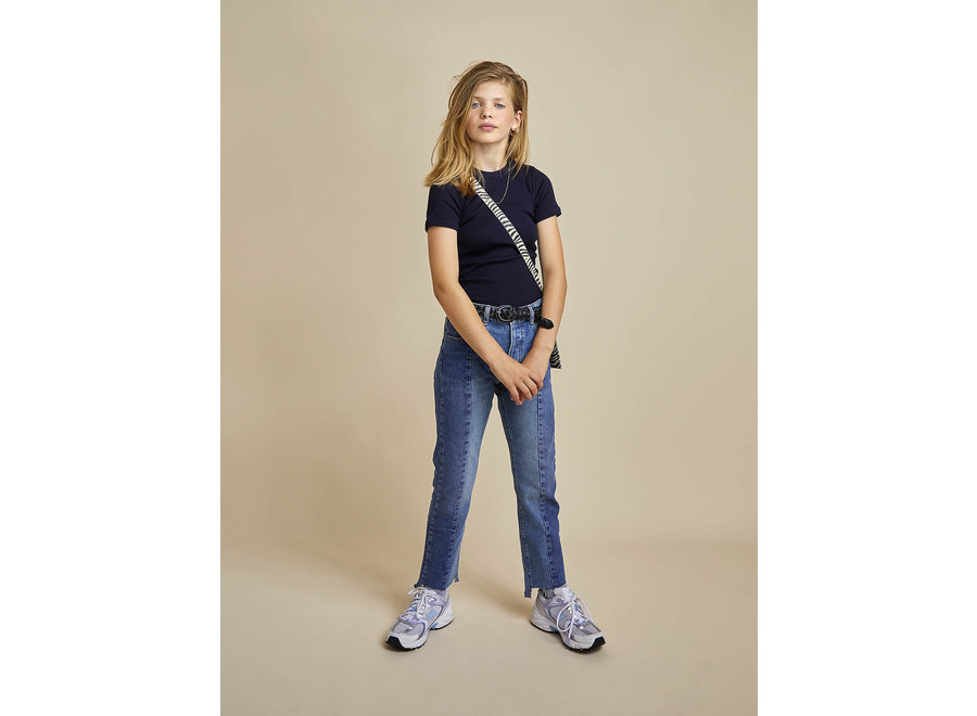 Carys navy t-shirt