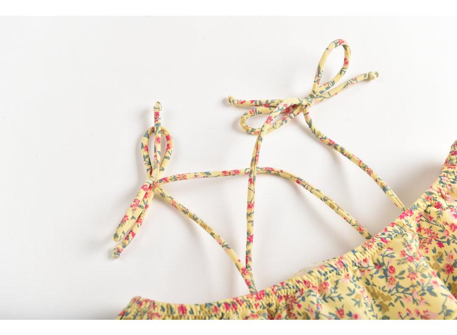Bikini Zacata Soft Yellow Spring Flowers