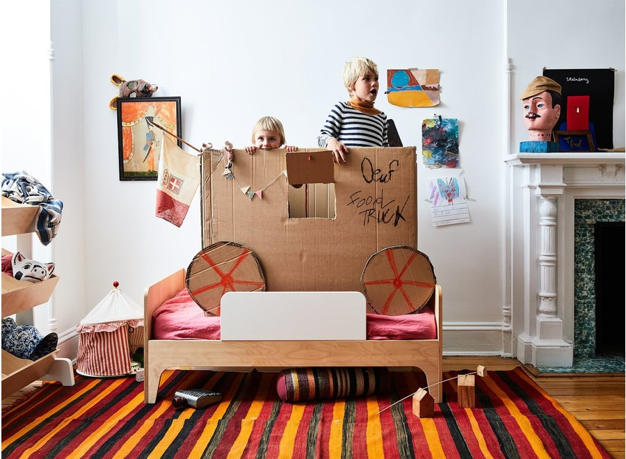 Oeuf NYC Perch Toddler Bed / Walnut