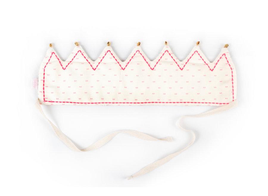 Bonnie Celebration Crown