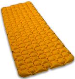 Lowland Outdoor LOWLAND OUTDOOR® Pioneer sleeping pad 195 cm x 60 cm x 6 cm - R-Value 1,4