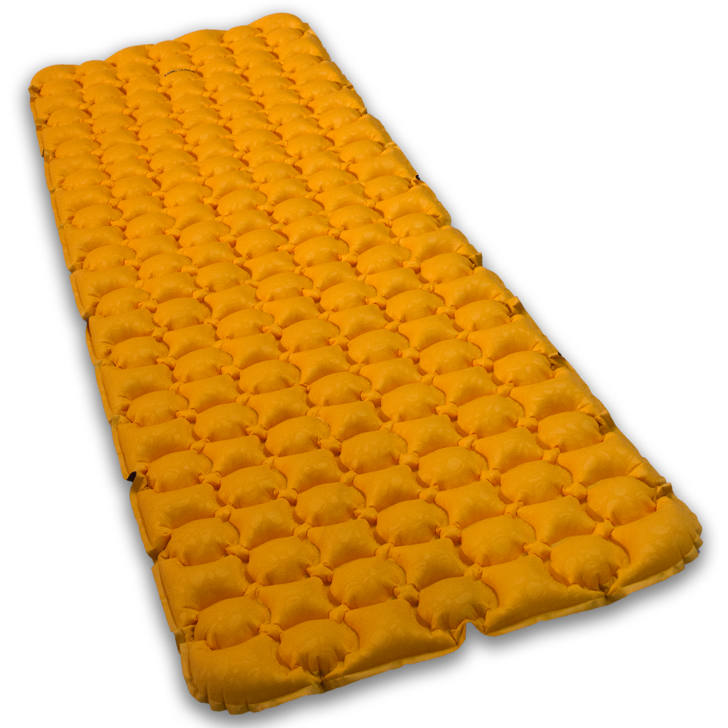 Lowland Outdoor LOWLAND OUTDOOR® Pioneer insulated sleeping pad 195 cm x 60 cm x 6 cm - R-Value 4,4
