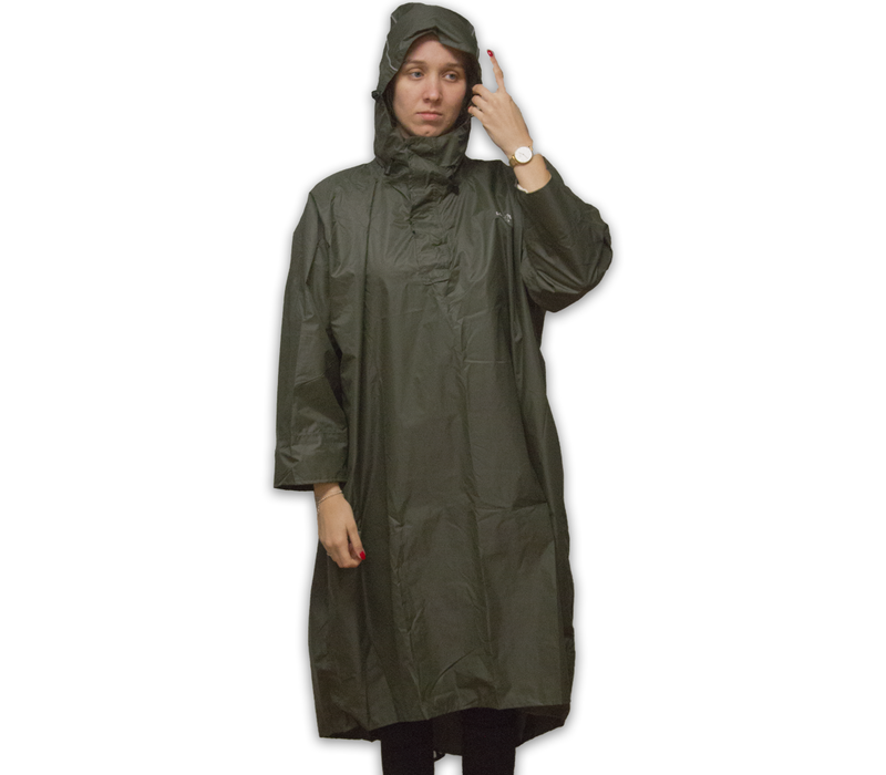 Walking Poncho - 100% waterproof (7.000mm) - Highly Breathable (7.000g/M²)