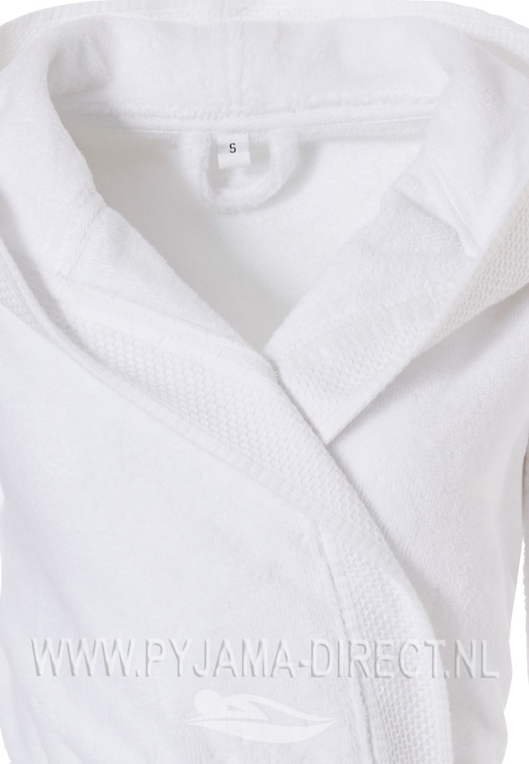 79d5729f729 Pastunette zachte, witte badjas met capuchon