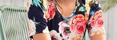 Pastunette Beach strandjurkje met korte mouwen 'flowers in paradise'