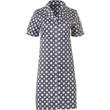 Pastunette Deluxe satijszacht doorknoop nachthemd met korte mouwen 'deeply dotty'