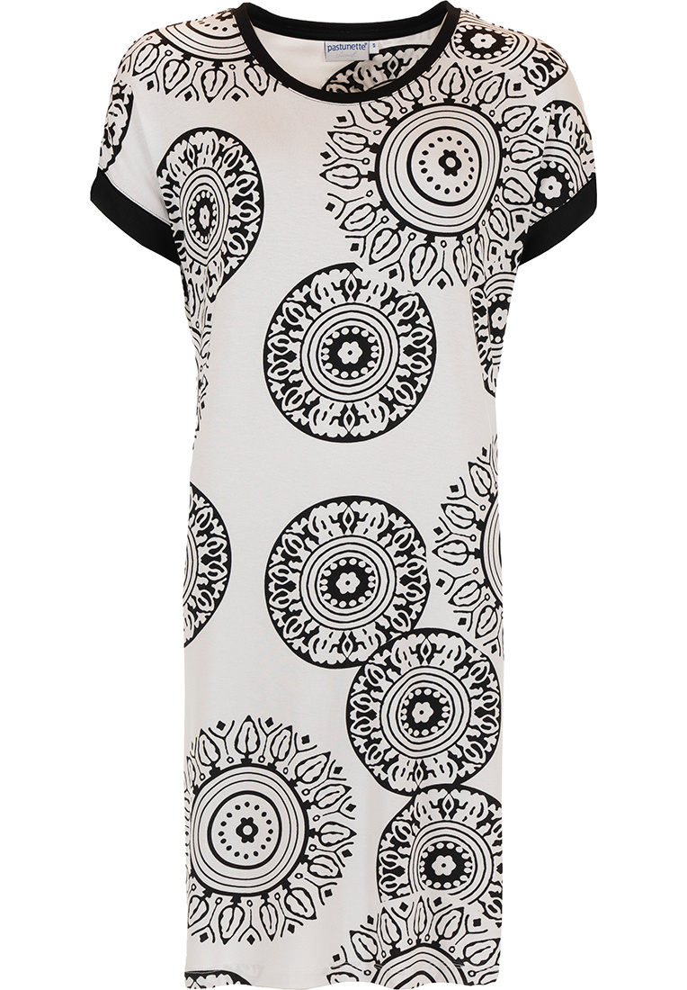 Pastunette Beach 'trendy monochrome circles' white& black short sleeve beachdresswith black trim and modern holiday print of 'trendy monochrome circles' - Perfect 'must have' fashion statement look for your Summer wardrobe!