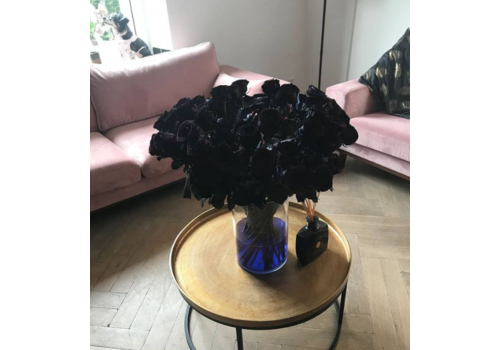 Rozen.nl Red Naomi - Black roses - 24 pieces