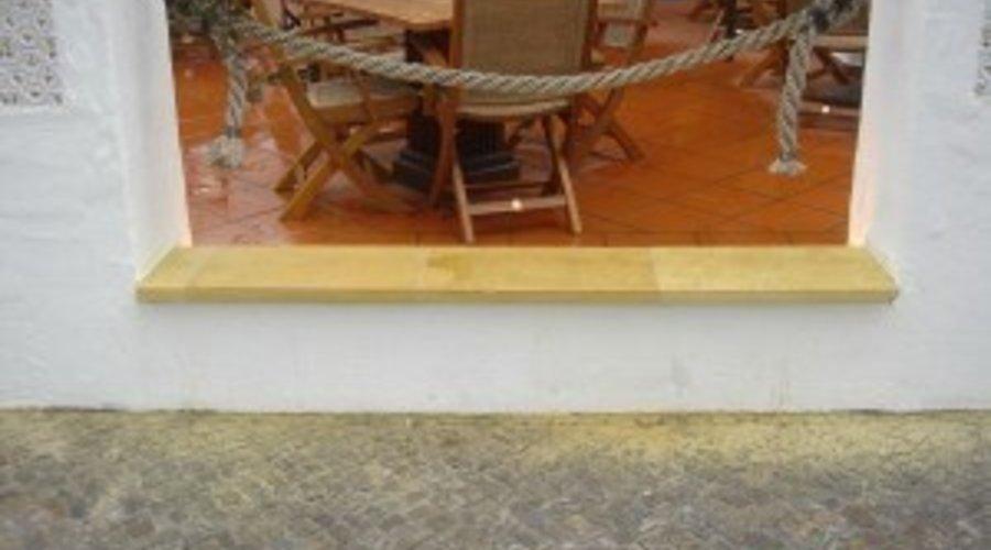 Sandsteinsanierung  - Sandsteinplatten schleifen - Sandstein sanieren