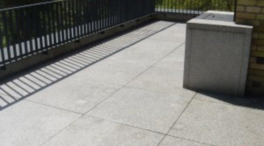 Rostflecken entfernen auf Granit und Marmor vom Stein-Doktor