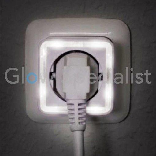 Grundig LED NACHTLAMP'MET SENSOR - 4 LED - MET 230V STEKKERDOOS