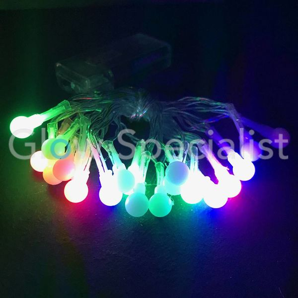 LED LICHTSNOER MET 20 BOLLETJES - COLOR CHANGING