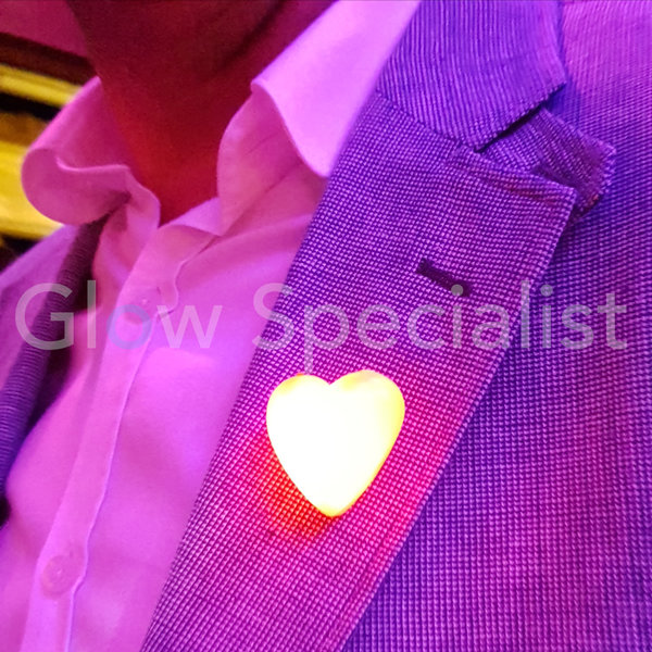 LED FLASHING HEART - RED