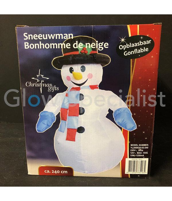 INFLATABLE SNOWMAN - 240 CM