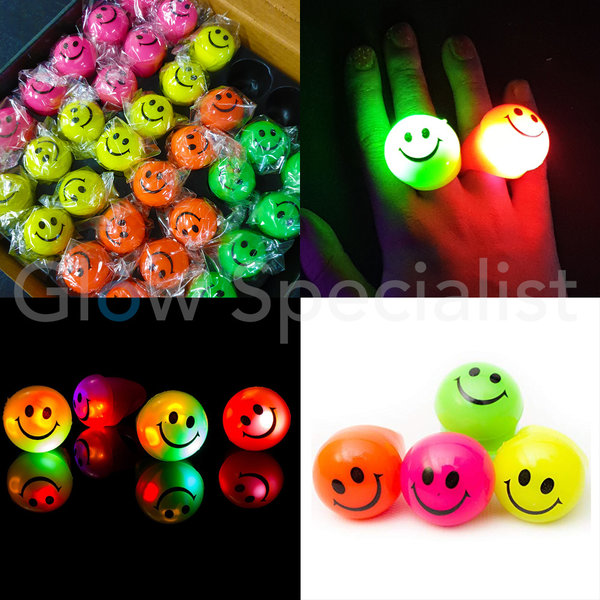 LED SMILEY RING - 36 STUKS