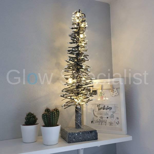 DECORATION TREE WITH 20 LED LIGHTS - WITH TIMER - 50 CM