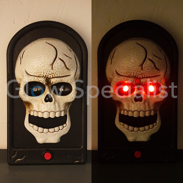 HALLOWEEN DOORBELL -  WITH LIGHTS AND SOUND EFFECTS - SCULL