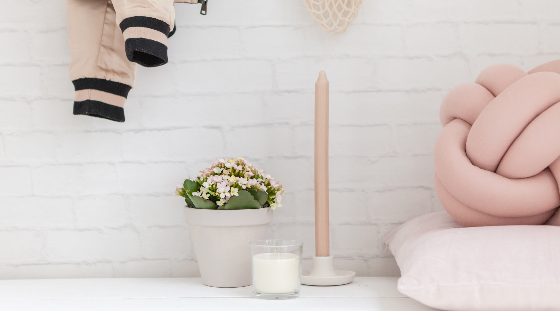 Geef je interieur een frisse voorjaarslook met verse bloemen en planten