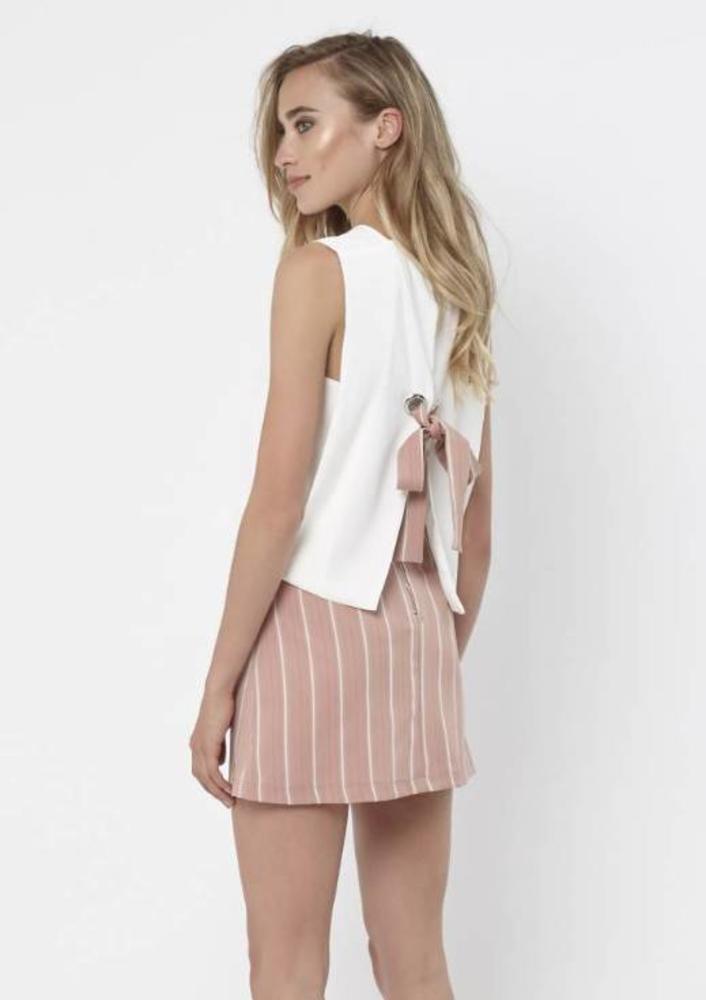top merit wit roze