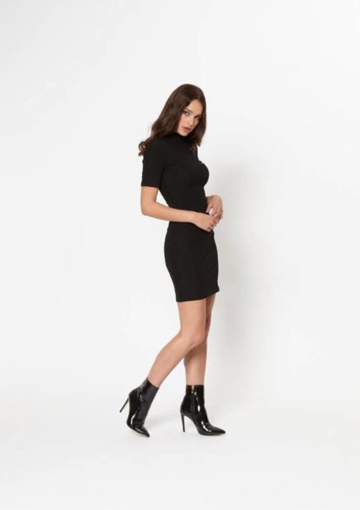 jurk tindra zwart