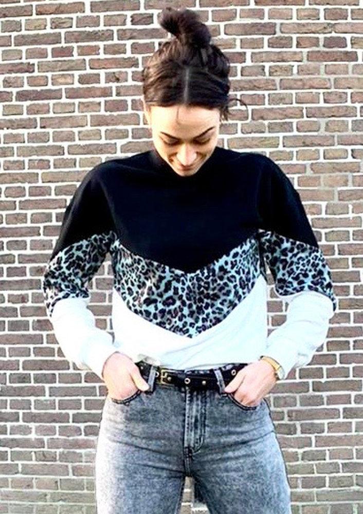 Sweater Isra Zwart