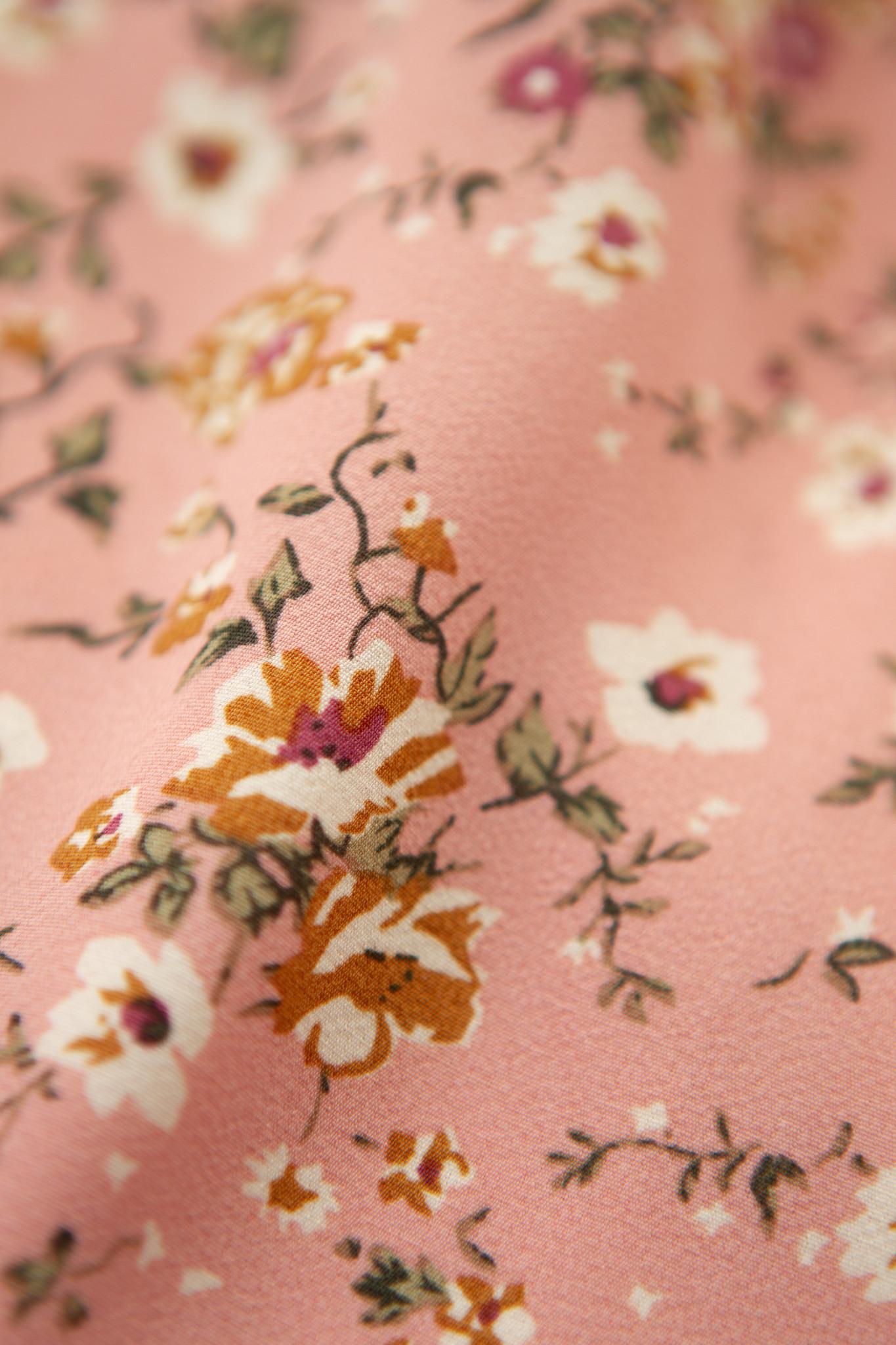Lofty Manner Pink Flower Crop Top Milja
