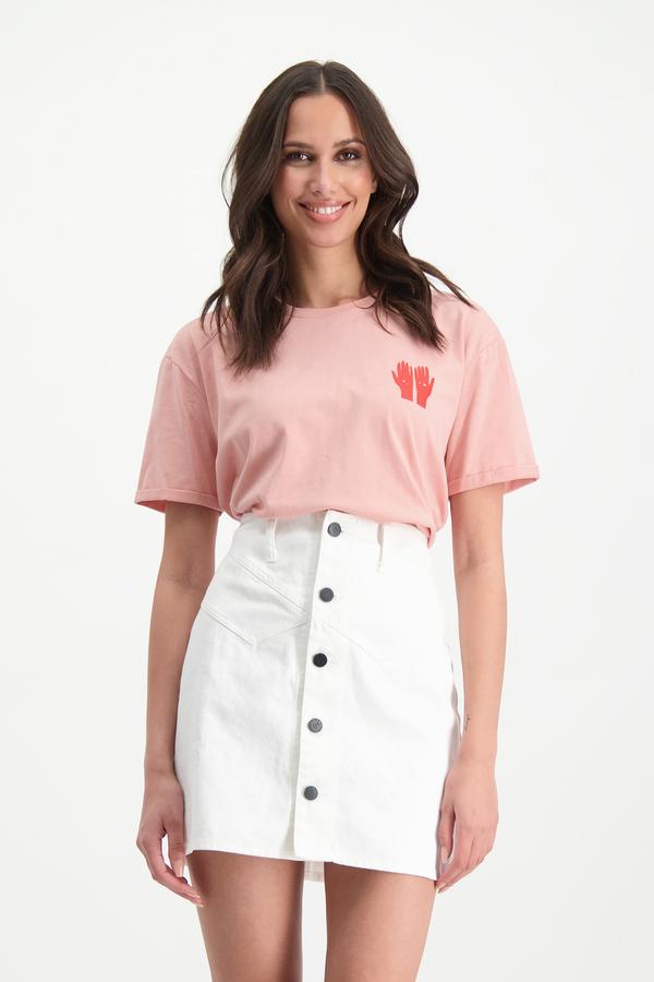 Lofty Manner T-shirt Rozie