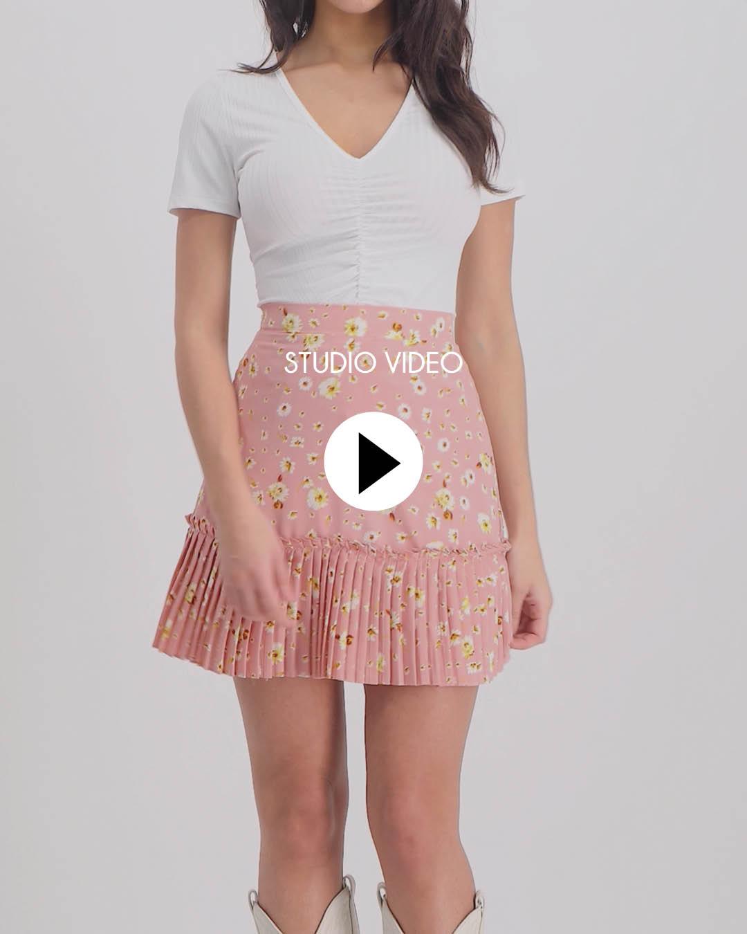 Lofty Manner Pink Flower Print Skirt Matylda