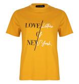 Lofty Manner Okergeel T-Shirt Xanna