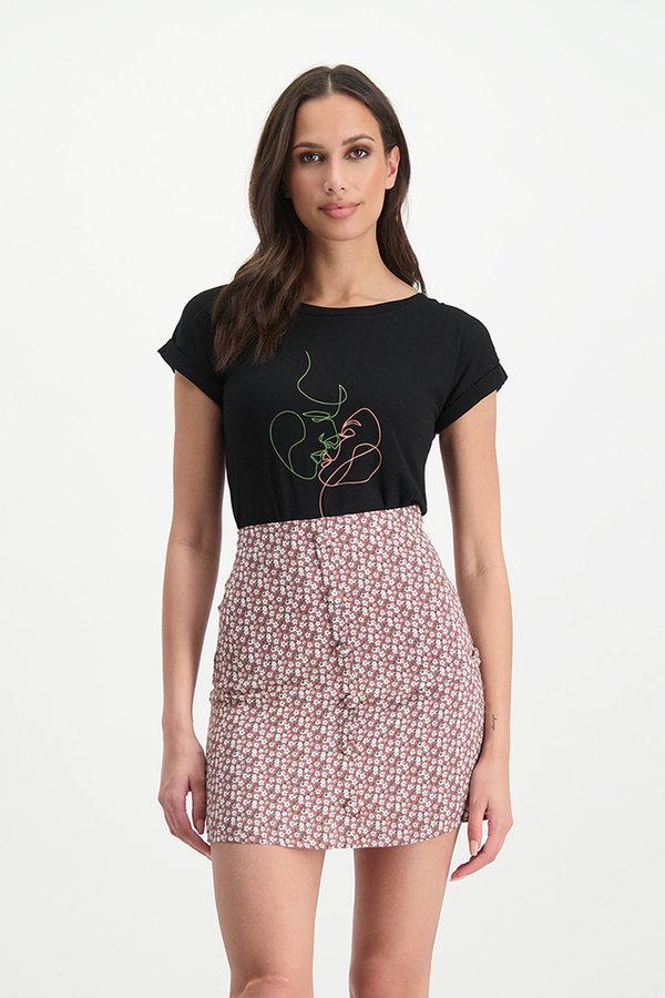 Lofty Manner T-shirt Zoe