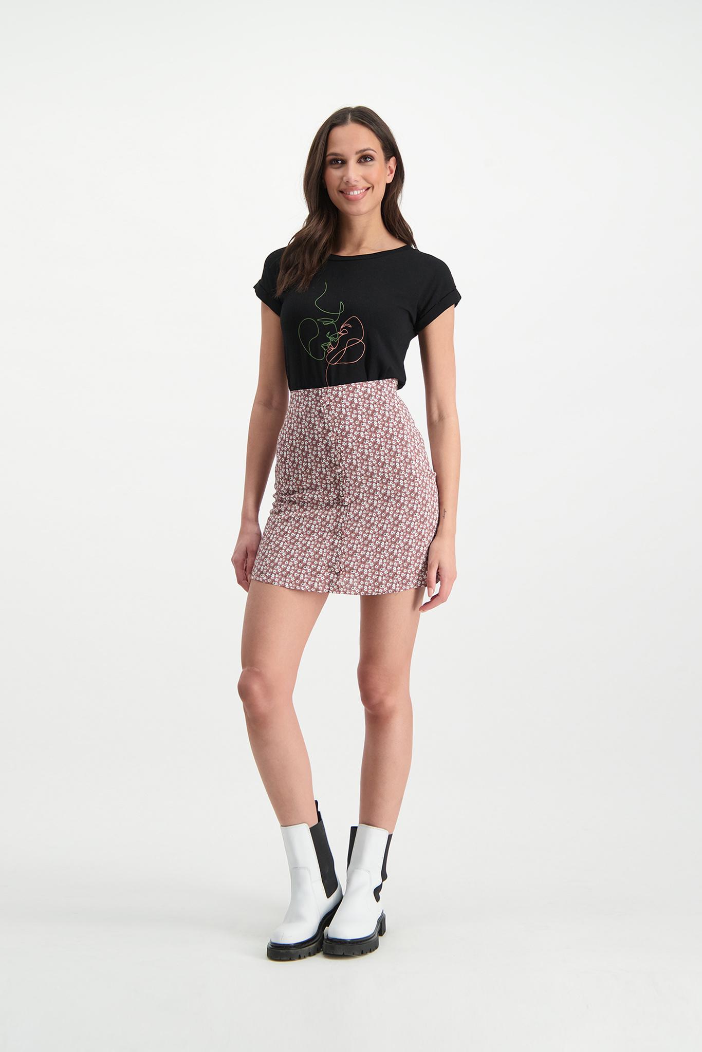 Lofty Manner Zwart T-shirt Zoe