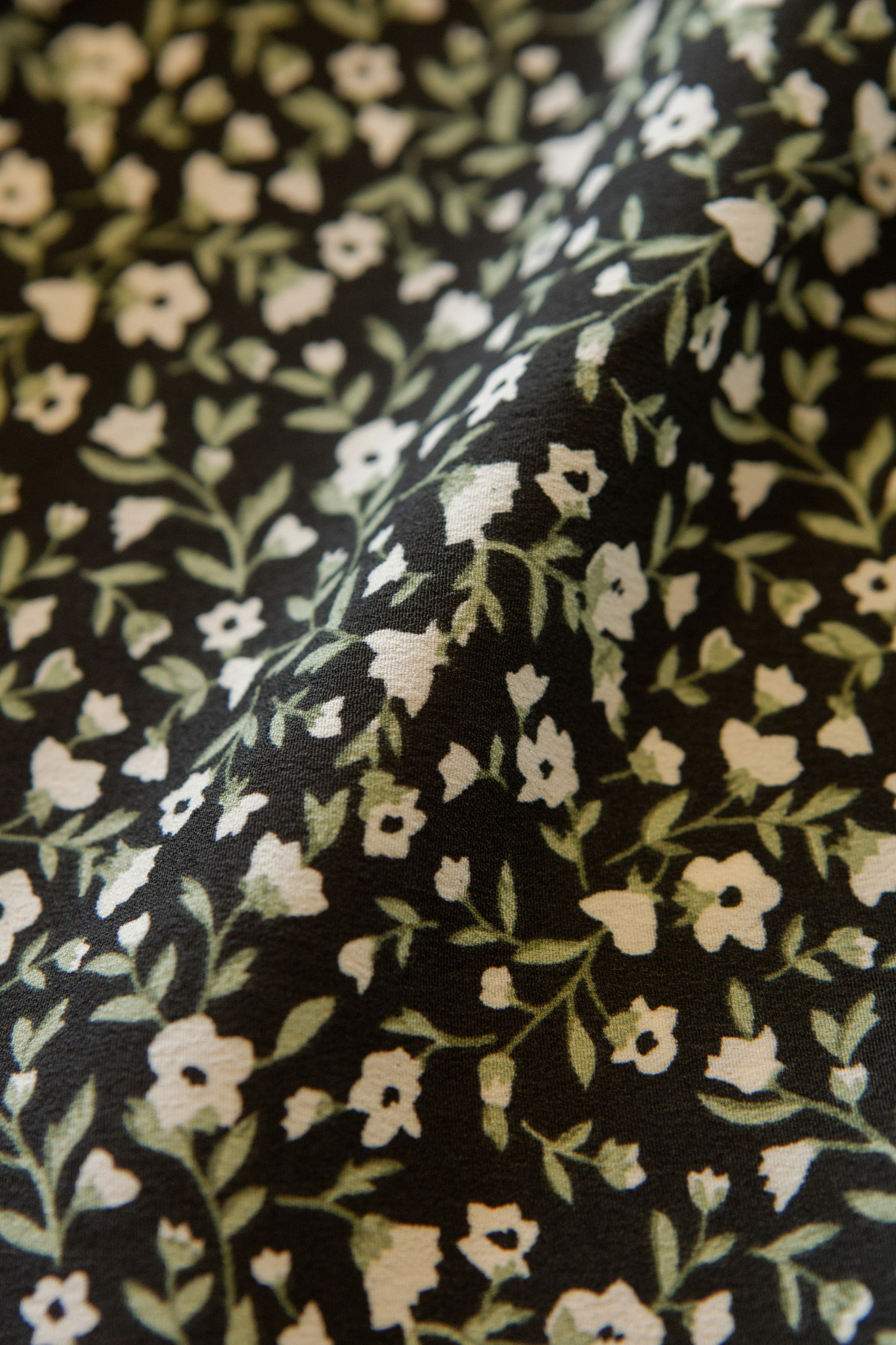 Lofty Manner Black Green Floral Print Top Caitlin