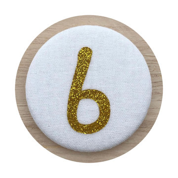 Liezelijn Verjaardagskroon Button Cijfer 6 (Goud) - per stuk