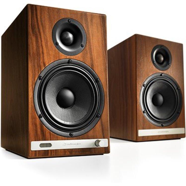 AudioEngine HD6 Wireless Speakers set (Walnut)
