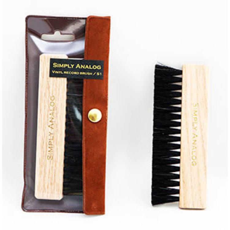 Simply Analog Vinyl record brush (Natural wood)
