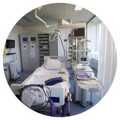 Carence en vitamines K et D à l'unité de soins intensifs IC