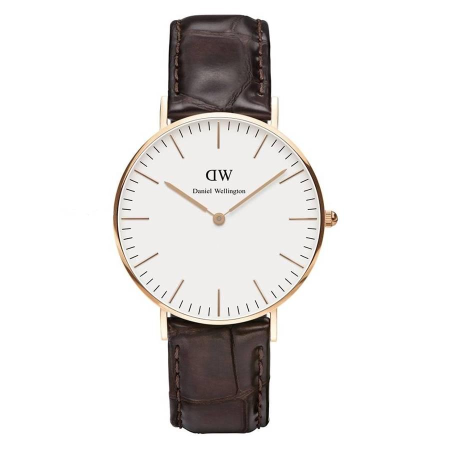 Daniel wellington classic lady york dw00100038 is een mooi vormgegeven horloge met een stijlvolle leren ...