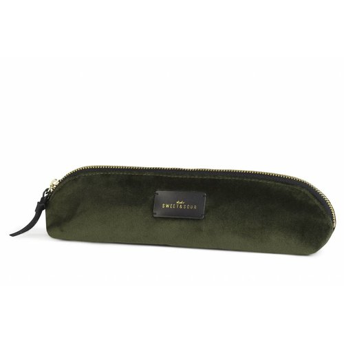 Studio Sweet & Sour  Slim pencil case / super soft velvet / green