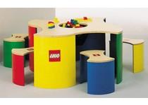 LEGO Spieltisch mit 4 Hockern