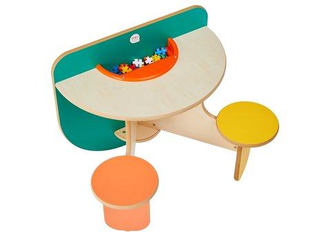 Kinder Spieltisch mit 2 Stühlen