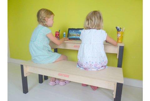 Kleinkinder Schreibtisch