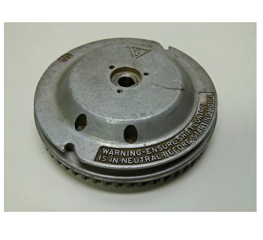 Johnson Evinrude Outboard 6 /  7.5  / 8 HP  Flywheel  582427 / 0582427