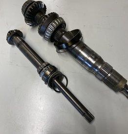 Mercruiser Mercruiser Bravo III / Bravo 3 compleet binnenwerk 805370A1 + 805073T + 805370A1 gearset 822535A1 16/27