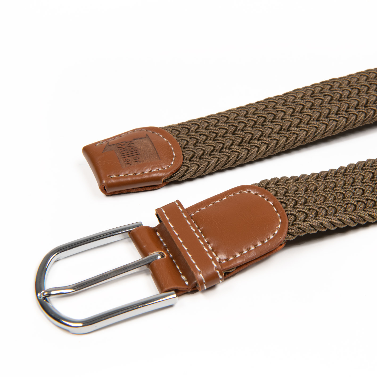 Belt with leather rust