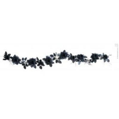 Slinger van schedels en mooie zwarte rozen met verlichting