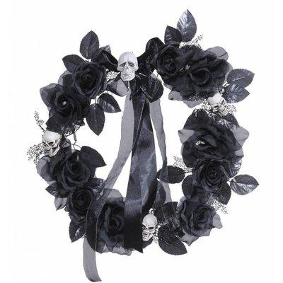 Deurkrans met zwarte rozen, schedels en verlichting