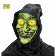 Halloweenmaskers: Heks met kap en oplichtende ogen