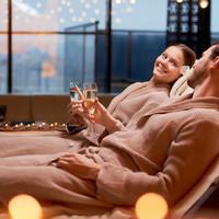 Verras je partner met een saunabadjas voor heren