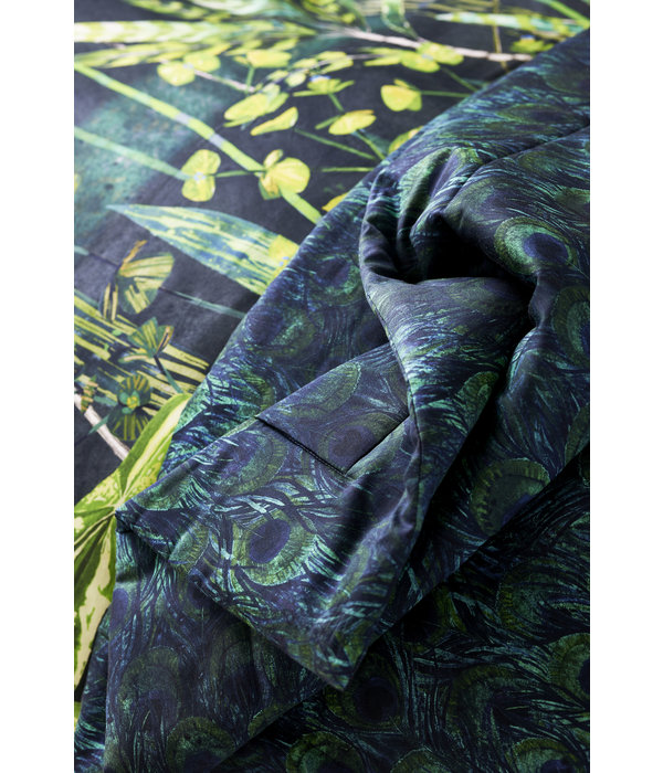 Designers Guild Arjuna Leaf Viridiane quilt / plaid