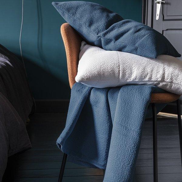 Poème bleu odysée sierkussens en plaid